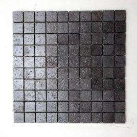 Mosaico incollato su rete